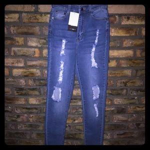 Fashion Nova Distressed Jeans - Size 5/6